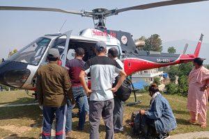 संखुवासभाका एकै परिवारका ४ जना संक्रमितलाई काठमाडौं लगियो